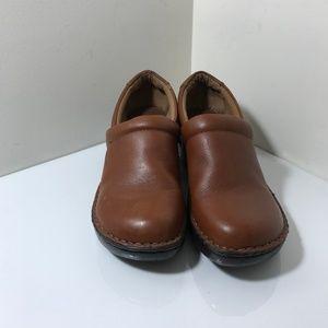 BOC Women BORN Slip-On Brown Leather Nurses Clog